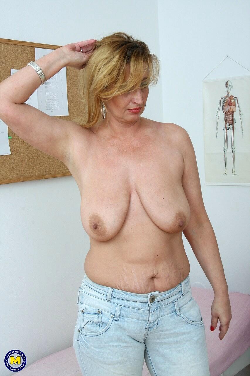 Maturenl Amber Back Mature Sample Free Pornpics Sexphotos -5174