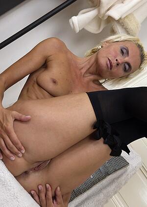 Klarisa Hot