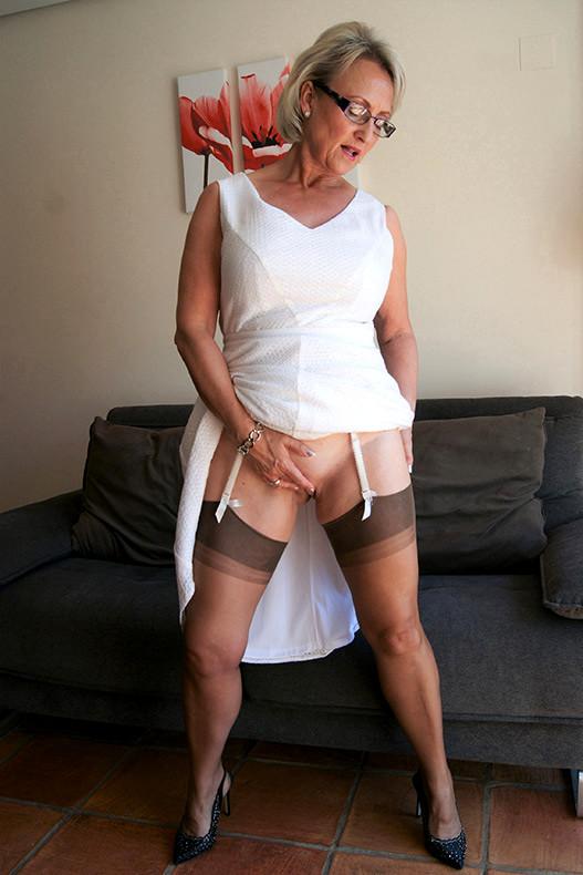 Sonja sohn nude