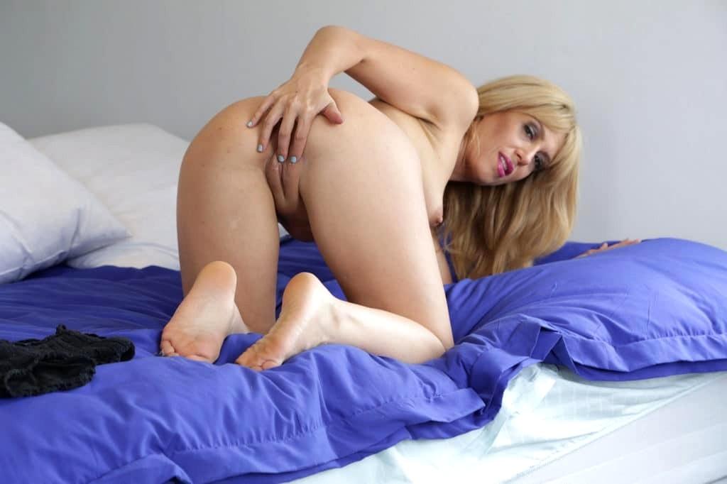 Free pic porn star stevie video