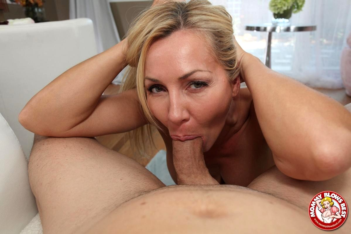Slow and sensual blowjob blonde milf