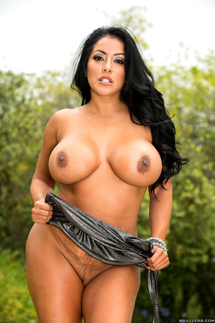 Kiara Mia Sexy Pornstar