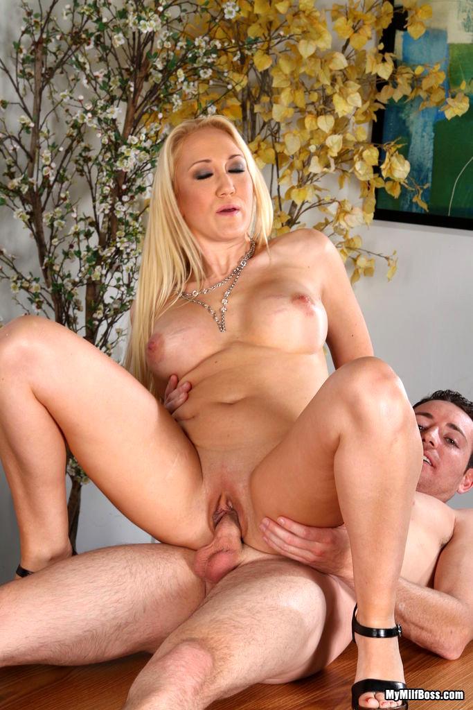 Alana Evans Porn Pics