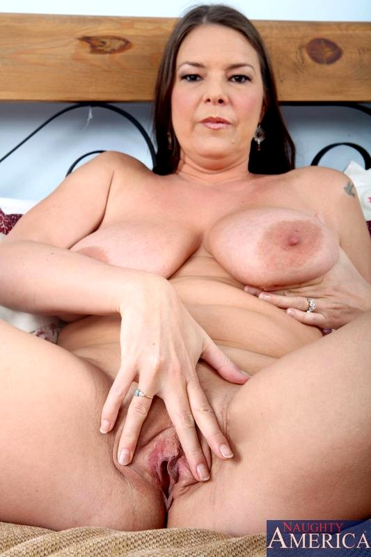 Showing XXX images for carrie moon tits porn XXX