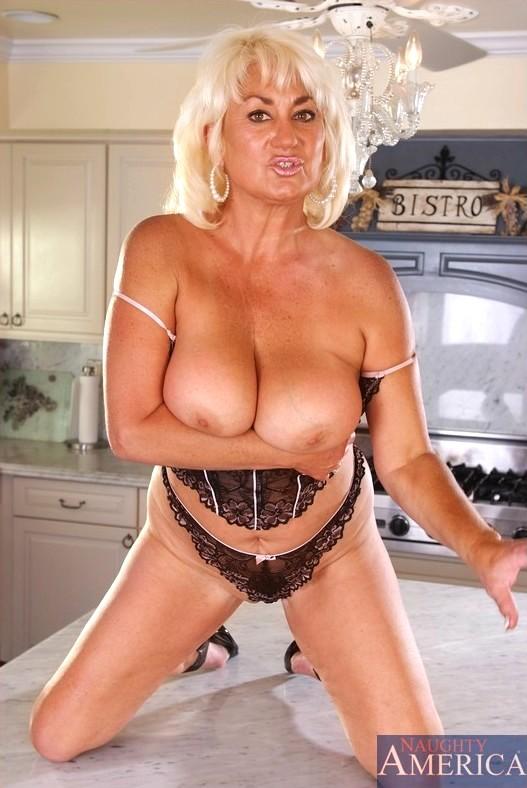 Talia shepard nude shower