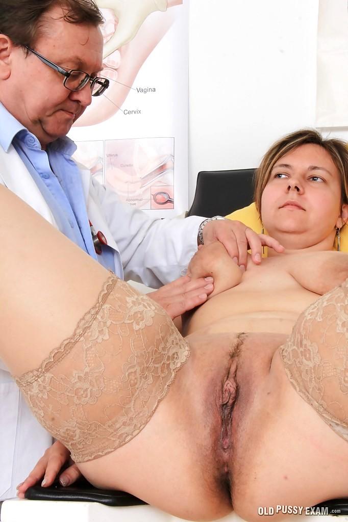 Очень толстые бабищи на приеме у гинеколога