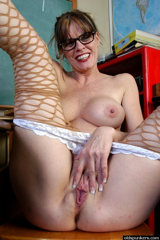 Southern charms mature pantyhose
