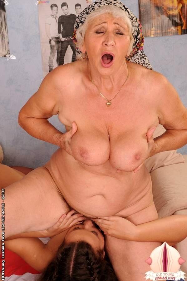 Nude black ladies in bed