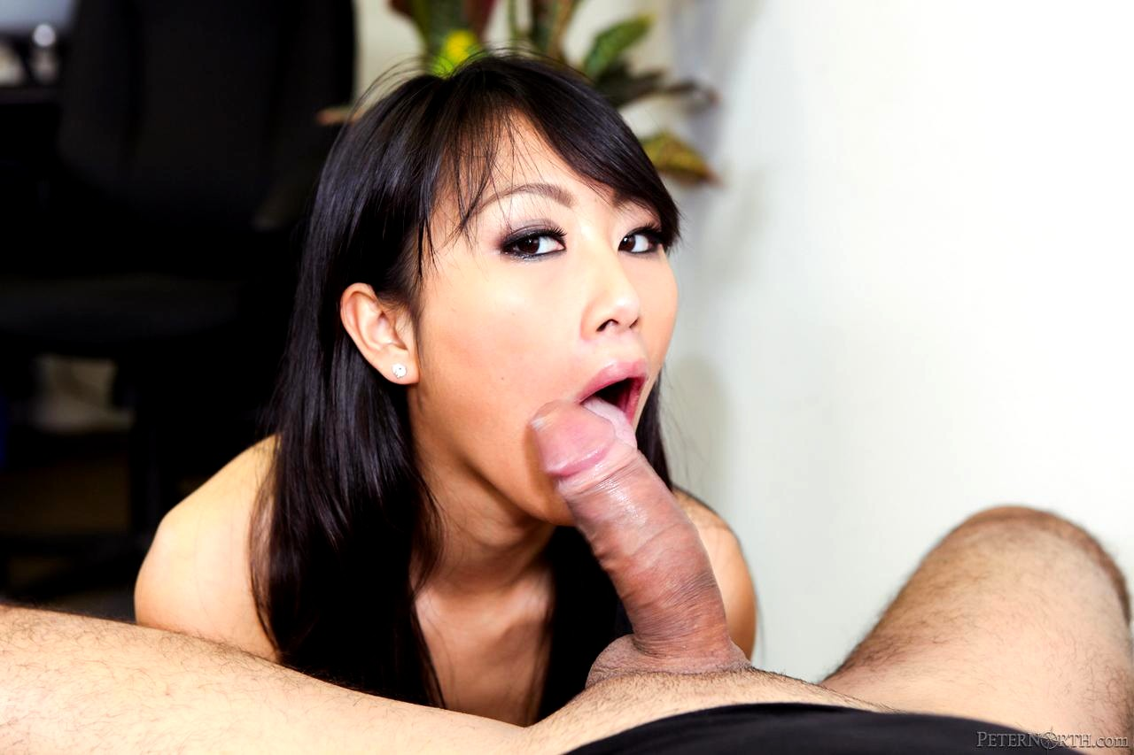 A gorgeous asian masseuse evelyn lin gives a head to her client porn photo online