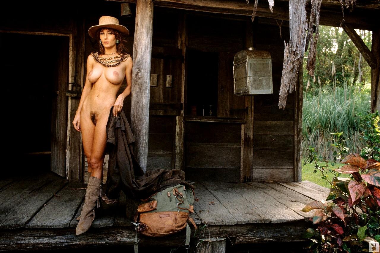 Shannon Long Nude In