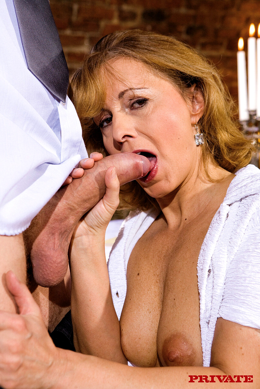 Sexy mature blowjob and old young blonde first time