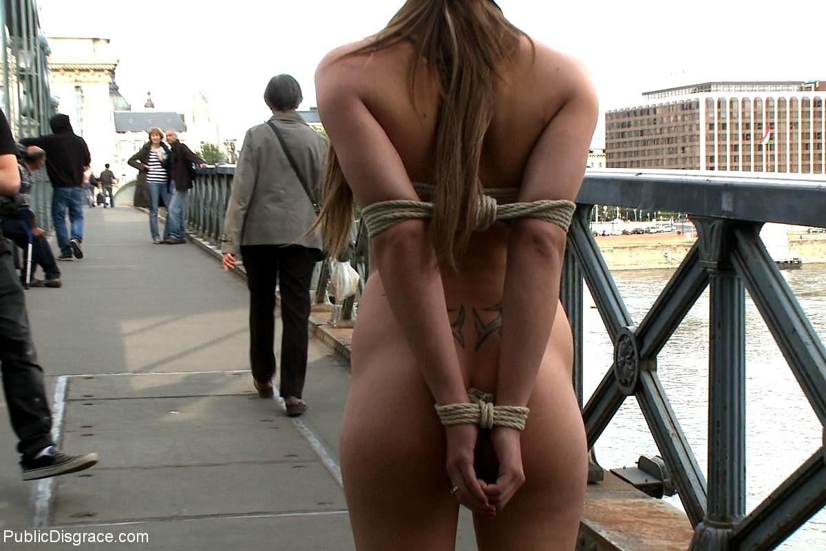 Publicdisgrace Mona Lee James Deen Resa Sex In Public Free -4928