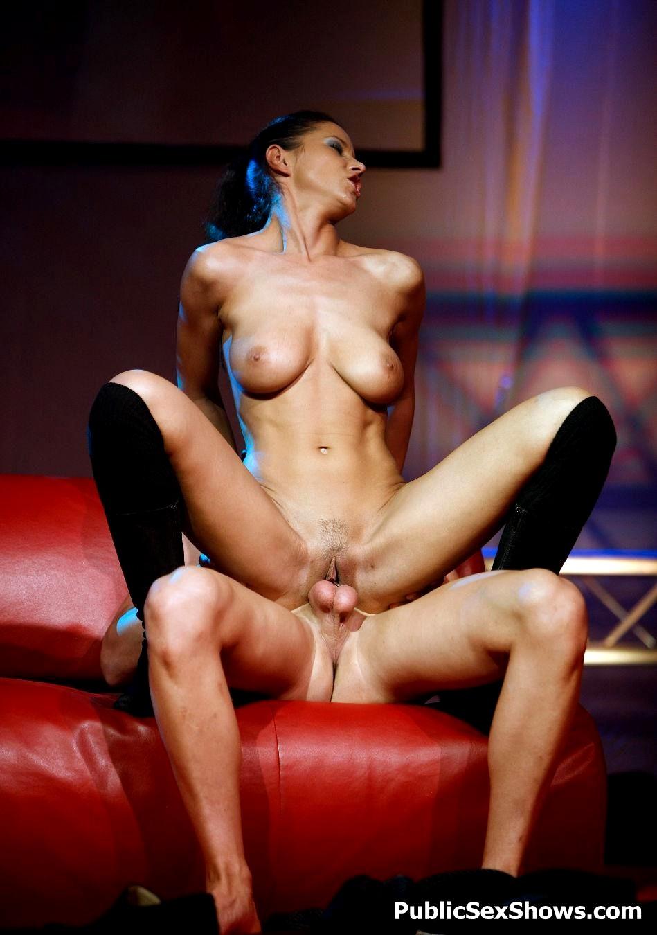 Brunette desi bitch rams pussy deep with dildo in webcam sex show