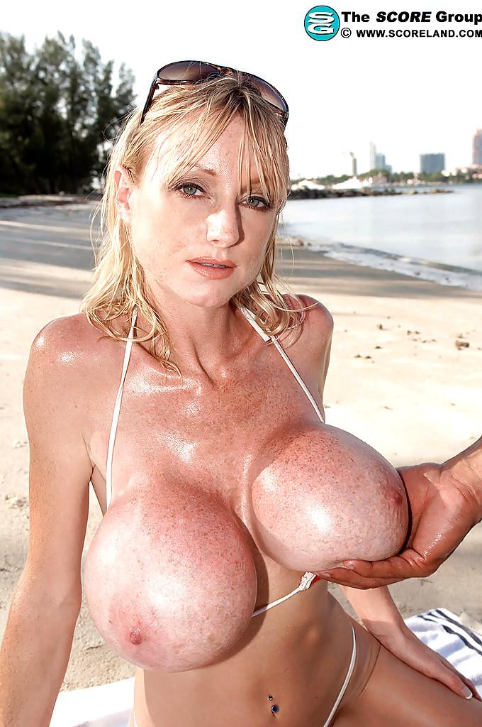 big-tits-morgan-leigh