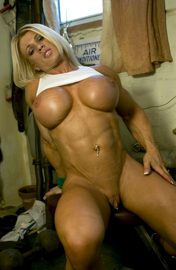 muscular nude female fuck