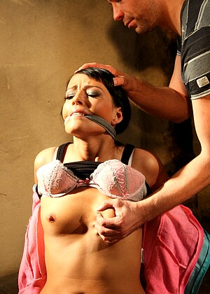 Download Free Police Woman Hq And Bondage Grope Cop