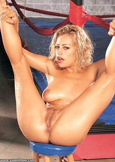 Nackt Melissa Lauren  Melissa Lauren
