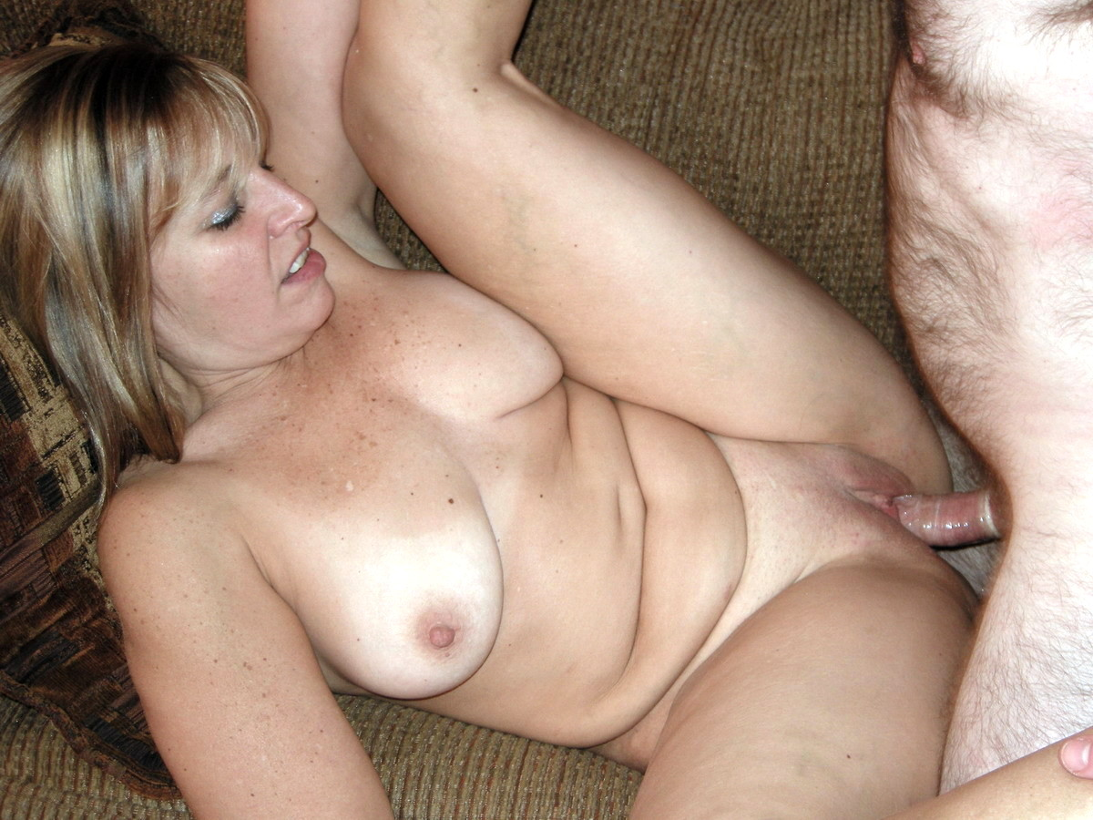 Free sexy amateur housewife