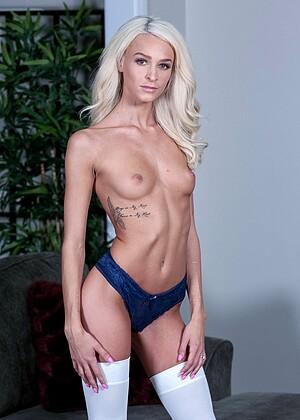 Emma Hix