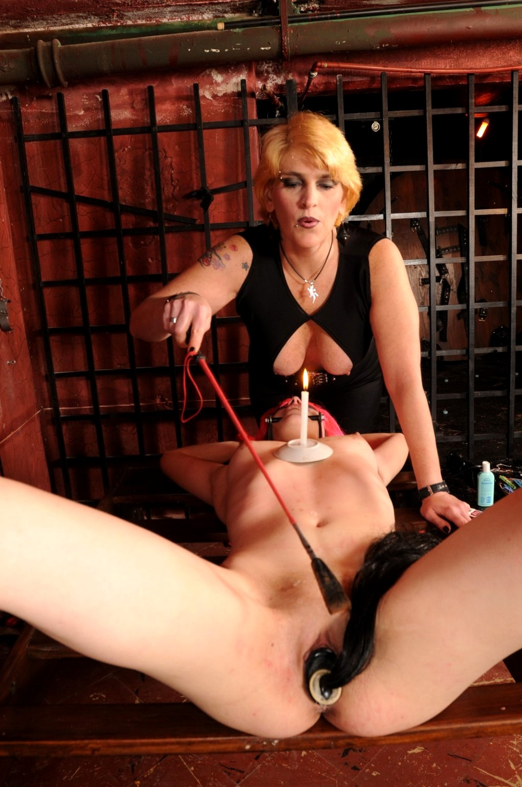 Whip Porn Pics, Housewife Sex Images, Wifes Porno