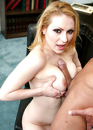 Lily Lovette