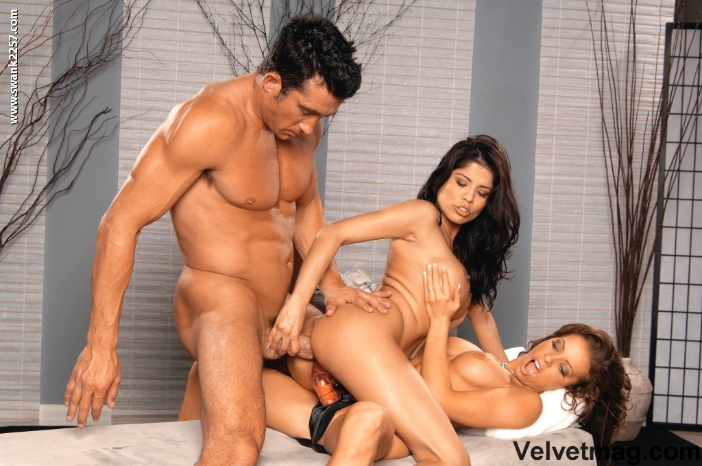 Alexis Amore And Jenaveve Jolie Anal