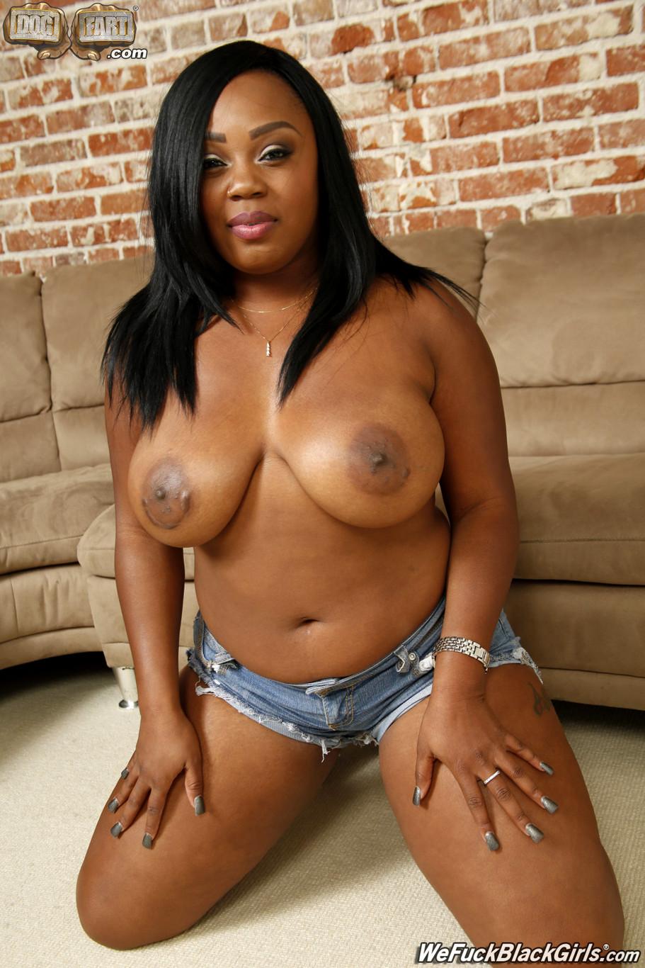 Black Ebony Lesbians Threesome