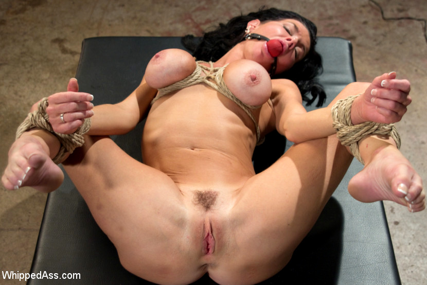 Submissive Milf Anal Spread