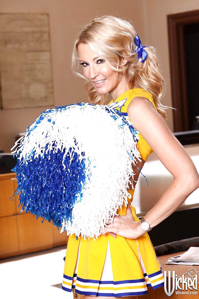 jessica drake cheerleader