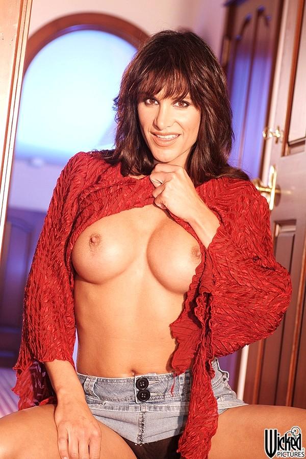 Sydnee steele nipples