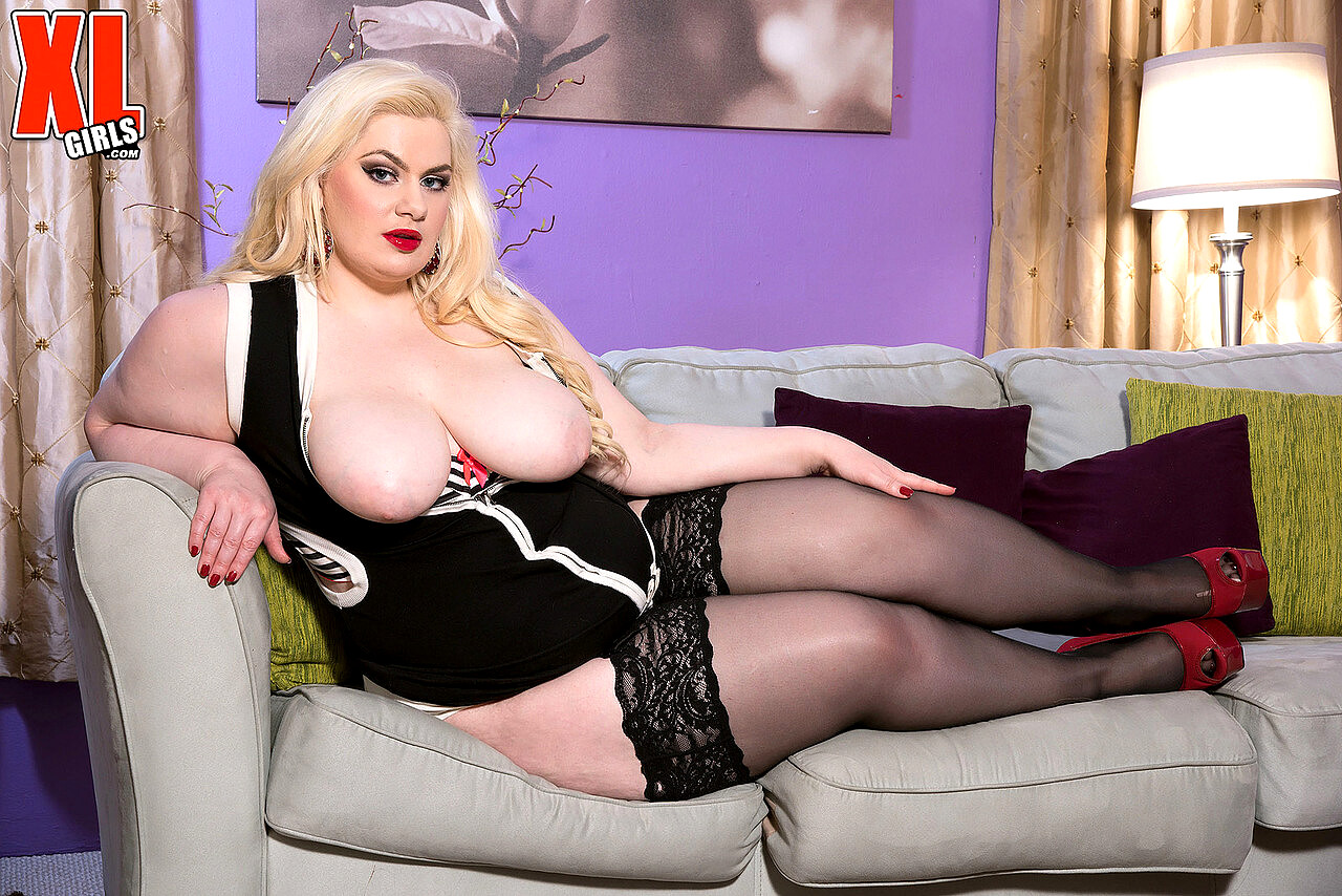Bbw anal sex pictures with pornstar trinity michaels