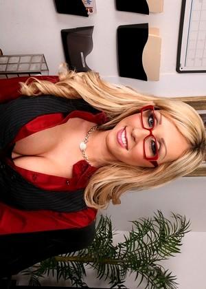 Jessica Lynn Big Tits Boss