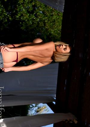 Jenniferann Model