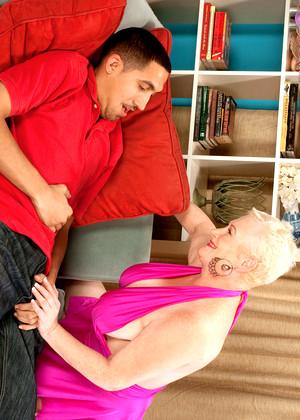 Granny pornstar miriam harding