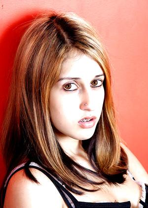 Zarina Masood
